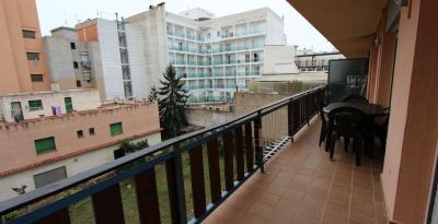 Квартира в Льорете де Мар, Коста Брава, 72 м2