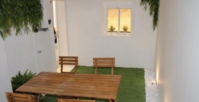 Квартира в Барселоне, район Побленоу, 58 м2