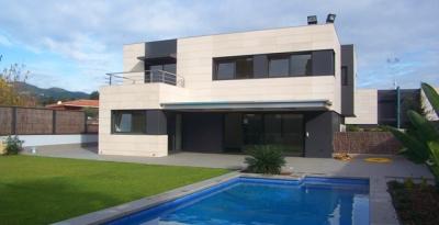 Дом в Сант Андреу де Льаванерас, Коста Маресме, 480 м2